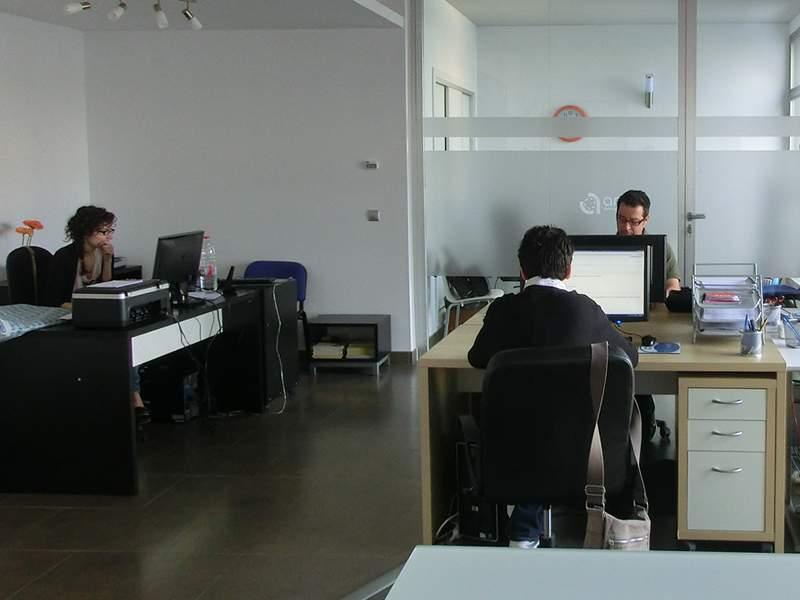 Anelis network estrena nueva oficina anelis network for Oficinas del inem en madrid por codigo postal